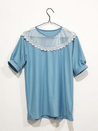 Atasan Vintage Tille Blue Lace