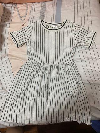 🚚 Striped Babydoll jersey Dress