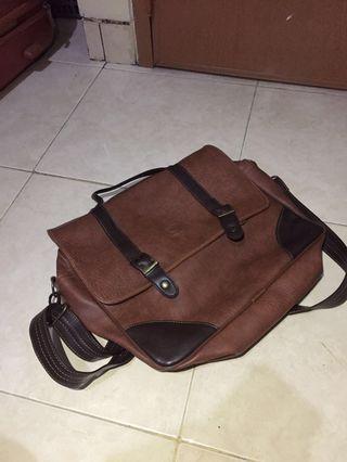 Sling Bag Kulit
