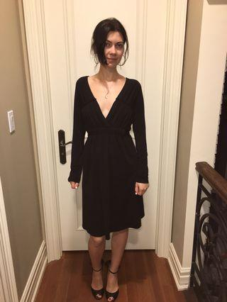 Black dress with v cut size size small