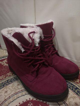 🚚 Winter Boots , maroon
