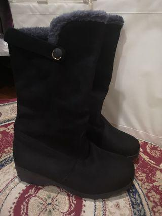 🚚 Winter Boots, Black