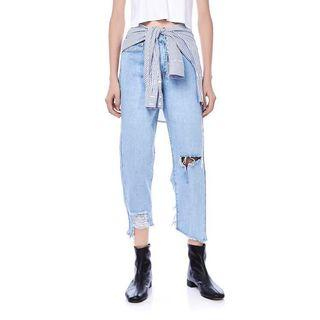 🚚 The Editor's Market Rozena Ripped Jeans