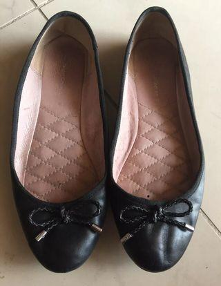 Target leather black ballet flats 7, vet comfortable