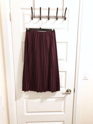 Uniqlo pleated skirt BNWOT