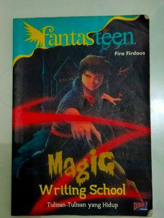 #mauthr Fantasteen Ghost