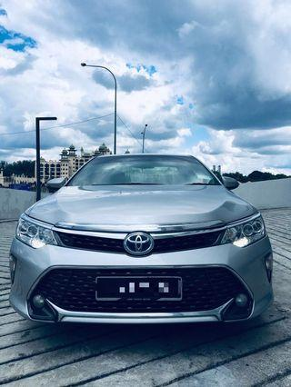 Toyota Camry 2.5 Hybrid Available for Rent