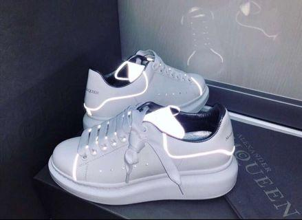 《全新正品》Alexander McQueen MCQ 大王 新款2019 反光鞋