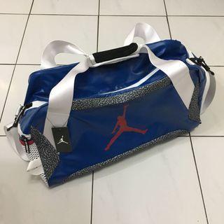 Air Jordan 3代正代絕版爆裂紋老屁股旅行袋nike旅行包斜背包