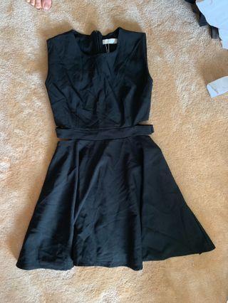 #MRTKD black dress