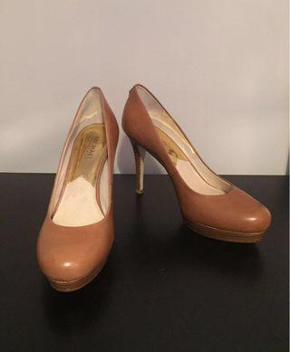 MICHAEL KORS Camel Colour High Heel Leather Pumps Shoes Size 9
