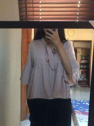 #mauthr nude flare top