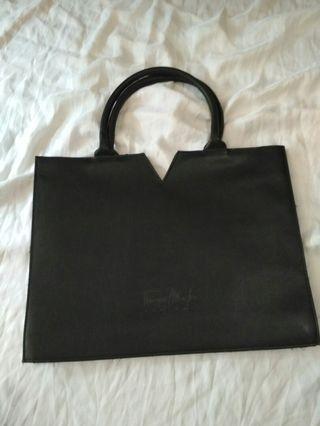 Thierry mugler gift bag