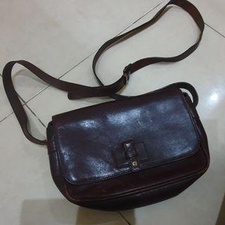 #mauthr tas aigner sling bag