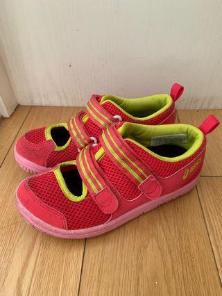 asics 夏季運動鞋(落雨氣候合用)