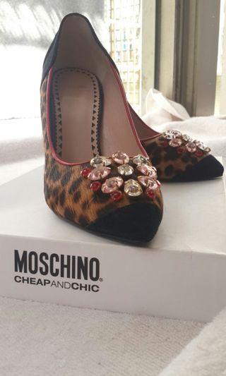 【專櫃正品】MOSCHINO 馬毛真皮、10公分、37號高跟女鞋