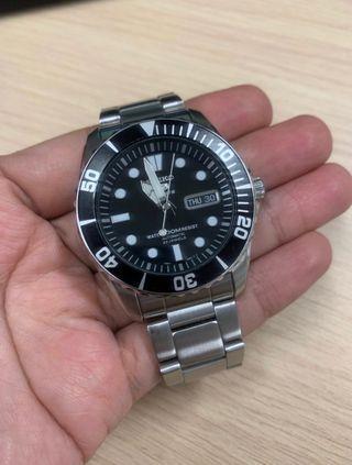 🚚 Seiko Sea Urchin SNZF17K