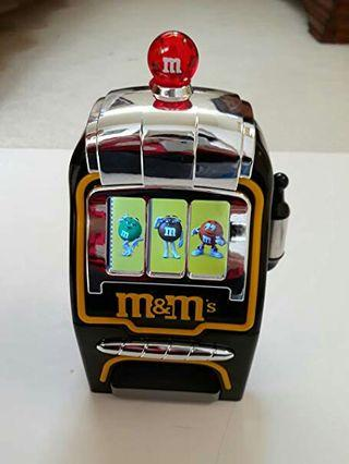 m&m slot colour screen slot machine battery oprated candy dispenser