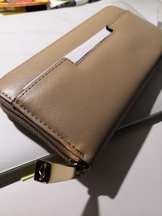 Caprisa 茶色長銀包 Long Wallet