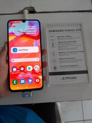 Samsung Galaxy A70 bisa kredit promo bunga 0%