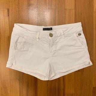 Pre-loved Stradivarius White Shorts