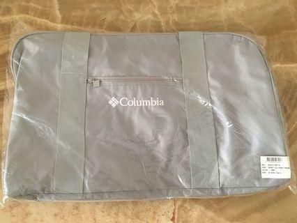 全新 Columbia 旅行袋