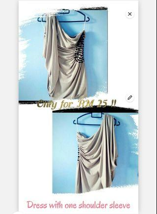 Silver dress with one side ruffle