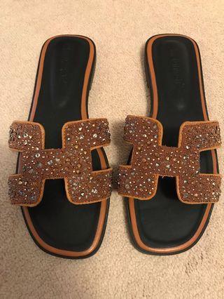 Sandals 7.5