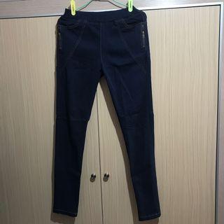 🚚 深藍長褲
