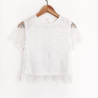 🚚 Runway Bandits Crochet Top in White