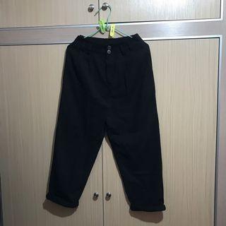 🚚 黑色西裝七分褲