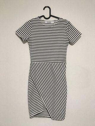 Mididress Stripes Bodycon Dress