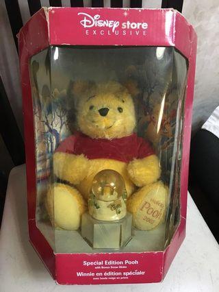 Winnie The Pooh 絕版 毛公仔+水晶球