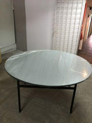 Table for 6+ person