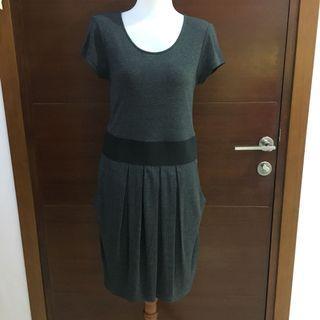 Giordano Ladies Grey Black Elastic Waist Dress (gaun perempuan)
