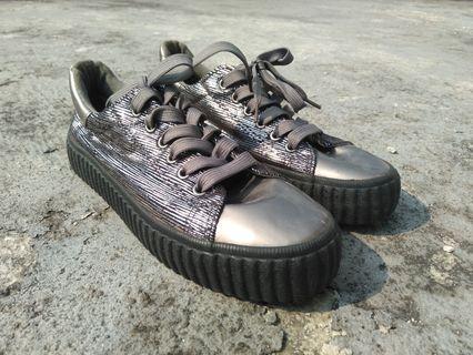 #mauthr Sneaker Prendimi