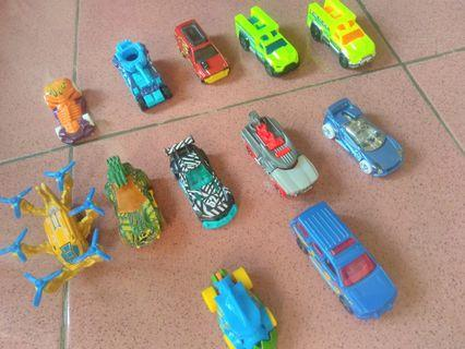 Hotwheels 12pcs take all