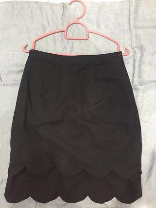 Black formal pencil skirt with pockets (one zip by the side)