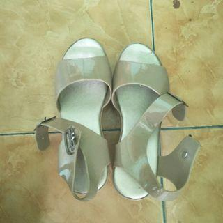 #MAUTHR WEDGES.JELLY