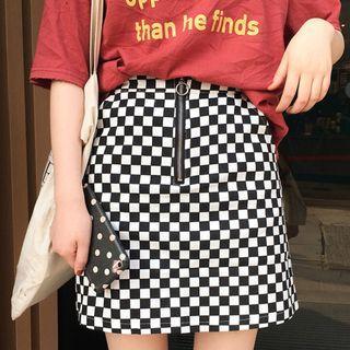 [Pending] BNIB checkered skirt