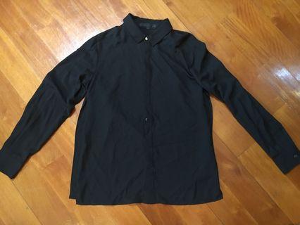 Izzue 女裝黑紗質恤衫