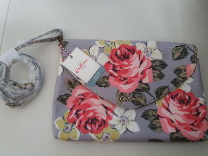 🚚 Authentic Cath Kidston Sling Bag