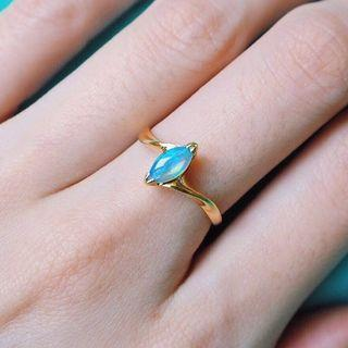 DOUBLE EDGE OPAL GOLD RING