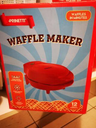Homemade waffles machine