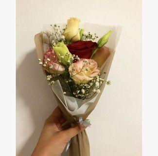 🚚 [ AVAILABLE] 1 stalk rose bouquet