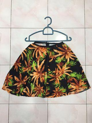 Brown and green leaves floral printed on black flare skirt (stretchable waist with zip)