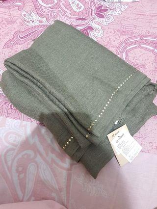 et cetera olive scarve (green army)