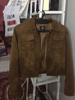Brown Leather Jacket ( croptop)