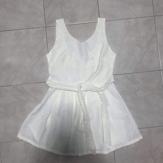 BRAND NEW White Back Tie Ribbon Dress