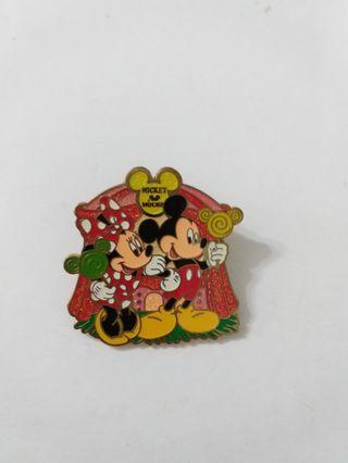 Disney pin pins 迪士尼徽章 襟章(包郵)Mickey minnie